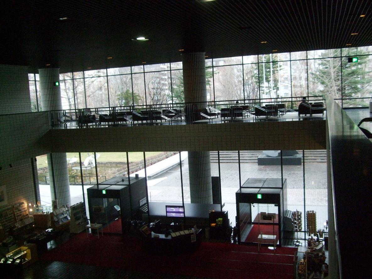 1277) ②近代美術館 「水脈の肖像 09 -日本と韓国、二つの今日」 終了・12月5日(土)~12月13日(日)_f0126829_20585550.jpg