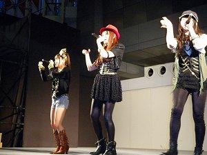 ノースリーブス「Lie」発売記念イベントで大阪熱狂!!_e0025035_2125938.jpg