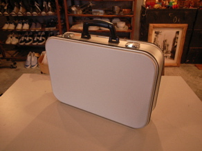 ""\""""ZARGES 40873 MED THIN SVS CASE SILVER""""ってこんなこと。_c0140560_1121466.jpg""292|219|?|en|2|a4b61f075c1da4ff371908a8dcb3837a|False|UNLIKELY|0.30992063879966736