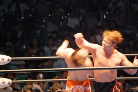 小島選手が全日本プロレス退団_b0082484_20424618.jpg