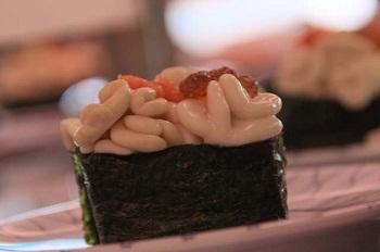 お寿司をいただきに。。_c0169287_1222659.jpg