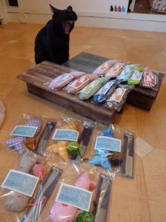 猫の森オフラインショッピングゆきねこショップ のぇるろった編。_a0143140_20115249.jpg