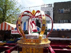 玉姫稲荷神社 こんこん靴市_d0029066_10561891.jpg