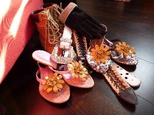 玉姫稲荷神社 こんこん靴市でお買い物_d0029066_1103310.jpg