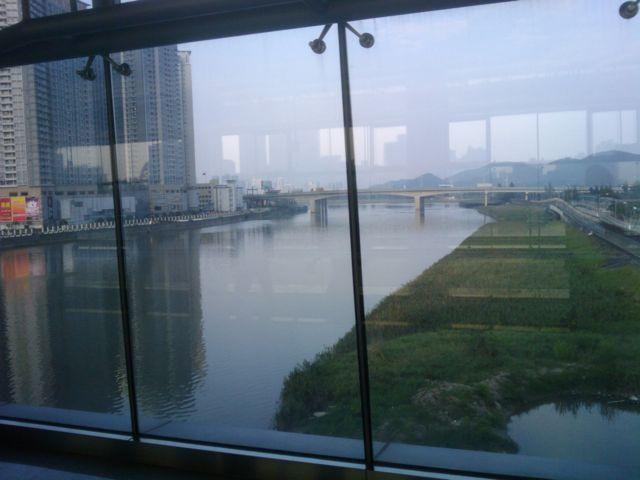中国と香港の国境_f0192307_7374337.jpg