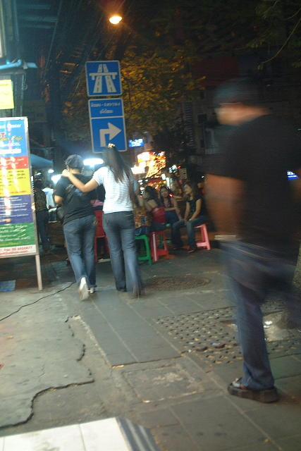 バンコク  スクンビット・ソイ3の夜_b0061717_224712.jpg