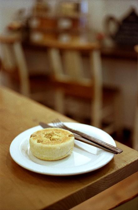 2010-4-26 焼きたてパンが美味しいカフェにて_c0136330_10161211.jpg