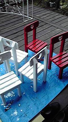 ミニチュアとミニテーブルの塗装_c0186441_2226357.jpg