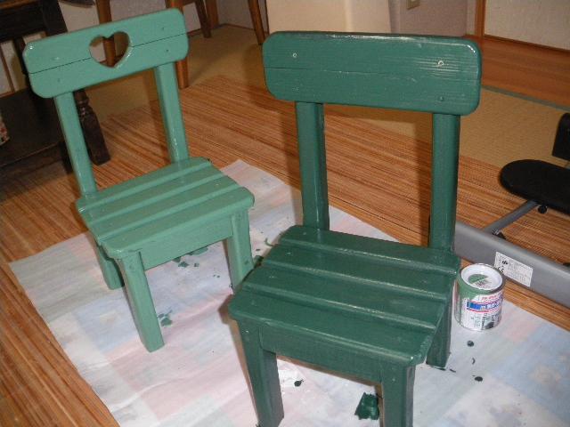ミニチュアとミニテーブルの塗装_c0186441_2228675.jpg
