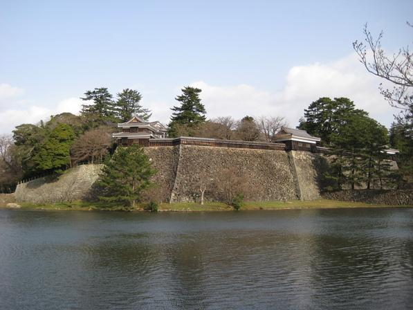 城下町を歩く(3)松江城_c0013687_14475742.jpg