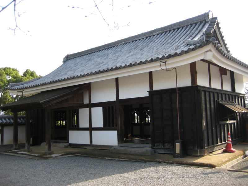 城下町を歩く(3)松江城_c0013687_14493357.jpg