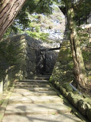 城下町を歩く(3)松江城_c0013687_14502485.jpg