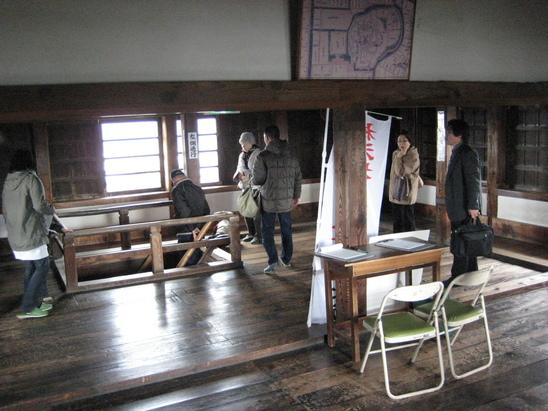 城下町を歩く(3)松江城_c0013687_14534577.jpg
