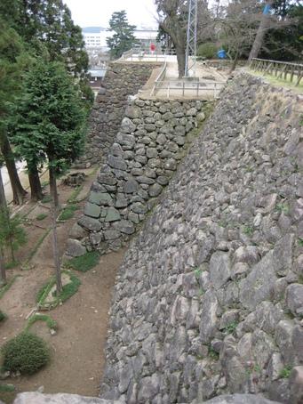 城下町を歩く(3)松江城_c0013687_14553492.jpg