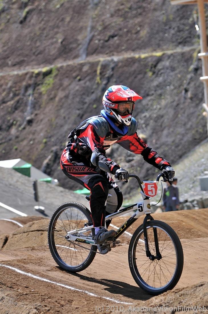 2010JBMXF全日本BMX選手権in秩父大会VOL9:全クラス予選その1_b0065730_12205113.jpg