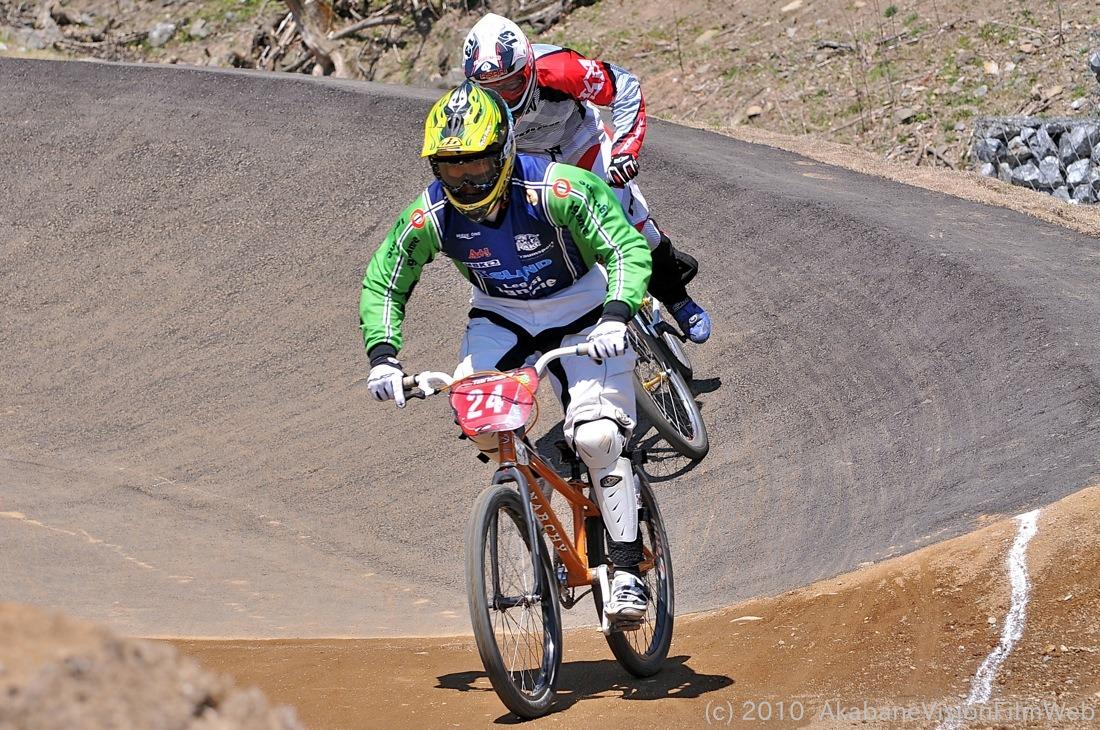 2010JBMXF全日本BMX選手権in秩父大会VOL9:全クラス予選その1_b0065730_12214539.jpg