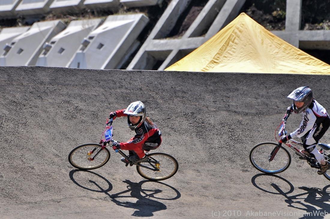 2010JBMXF全日本BMX選手権in秩父大会VOL9:全クラス予選その1_b0065730_12232374.jpg