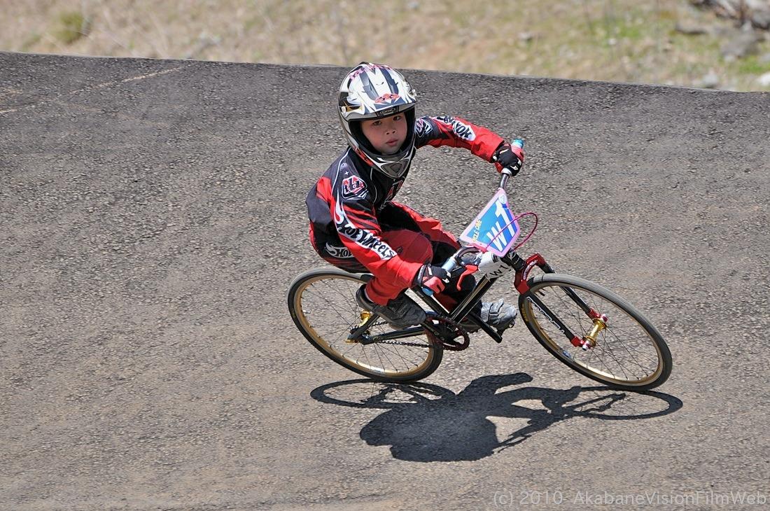 2010JBMXF全日本BMX選手権in秩父大会VOL9:全クラス予選その1_b0065730_12234645.jpg