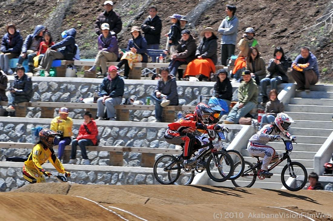 2010JBMXF全日本BMX選手権in秩父大会VOL9:全クラス予選その1_b0065730_1224536.jpg