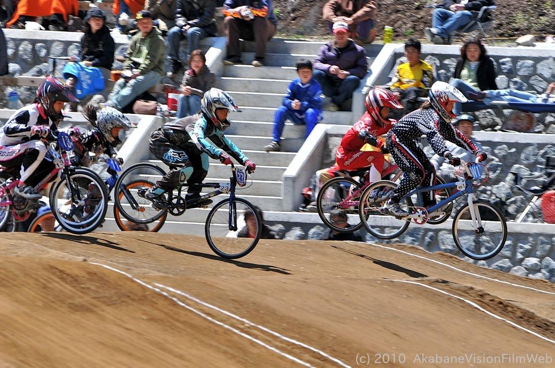 2010JBMXF全日本BMX選手権in秩父大会VOL9:全クラス予選その1_b0065730_1224770.jpg