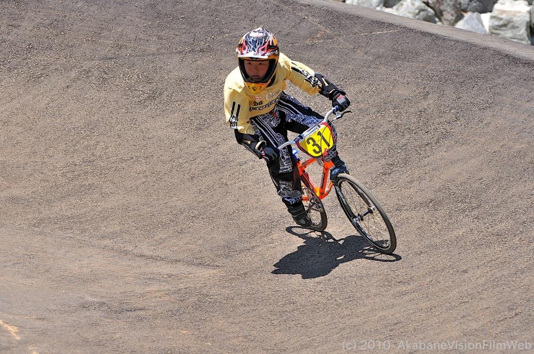 2010JBMXF全日本BMX選手権in秩父大会VOL9:全クラス予選その1_b0065730_1226185.jpg