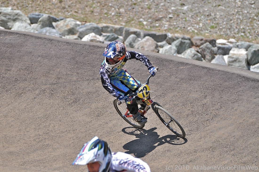 2010JBMXF全日本BMX選手権in秩父大会VOL9:全クラス予選その1_b0065730_12283472.jpg