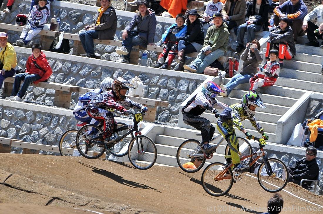 2010JBMXF全日本BMX選手権in秩父大会VOL9:全クラス予選その1_b0065730_12291532.jpg