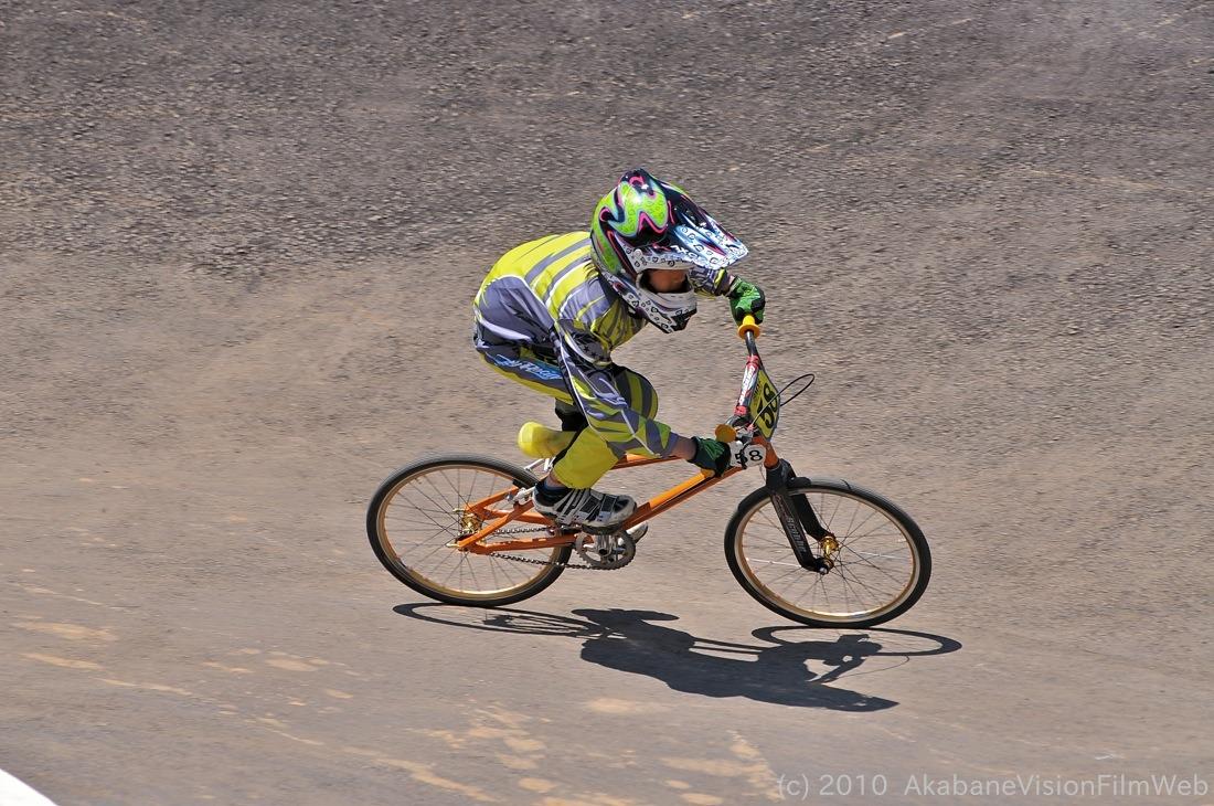 2010JBMXF全日本BMX選手権in秩父大会VOL9:全クラス予選その1_b0065730_12292796.jpg