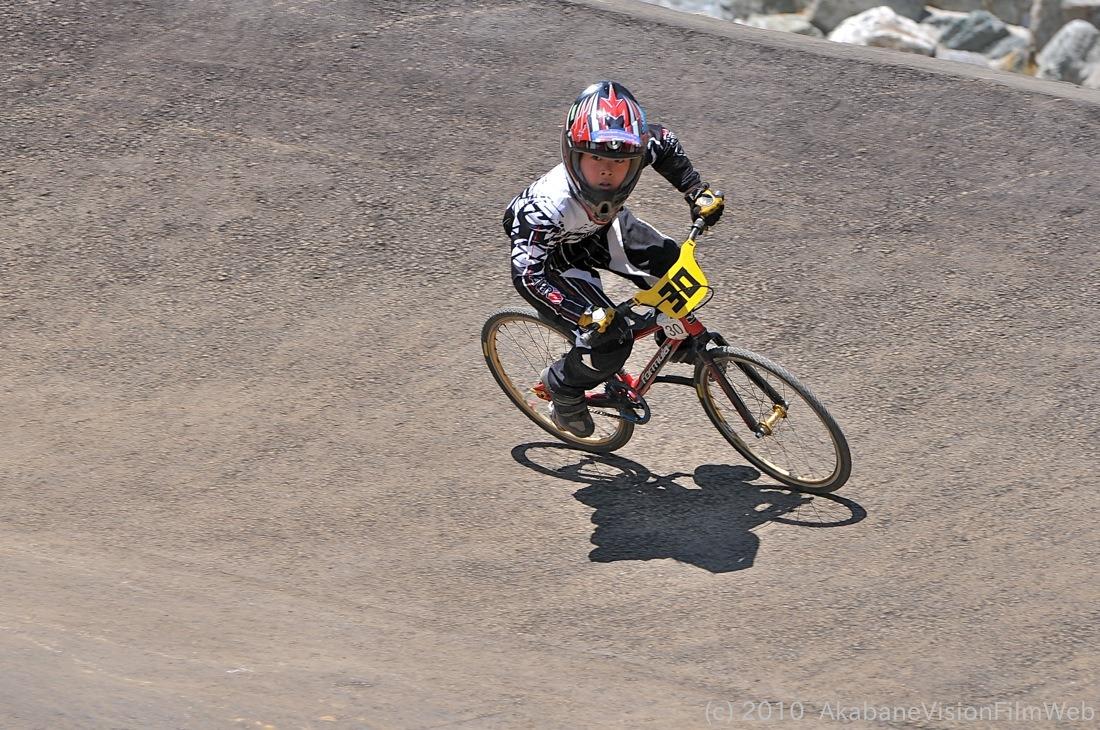 2010JBMXF全日本BMX選手権in秩父大会VOL9:全クラス予選その1_b0065730_122936.jpg