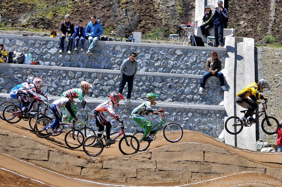 2010JBMXF全日本BMX選手権in秩父大会VOL9:全クラス予選その1_b0065730_1230560.jpg