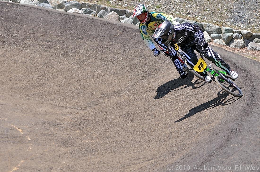2010JBMXF全日本BMX選手権in秩父大会VOL9:全クラス予選その1_b0065730_1231291.jpg