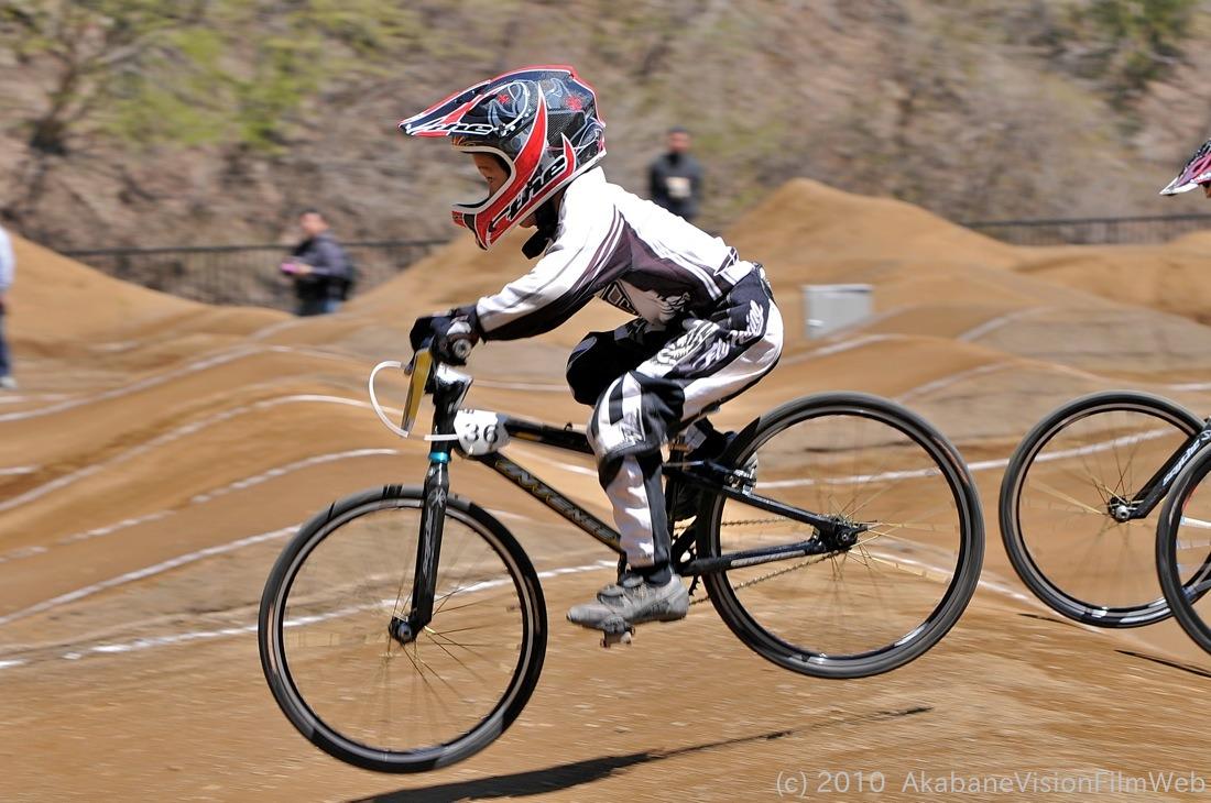 2010JBMXF全日本BMX選手権in秩父大会VOL11:全クラス予選その3_b0065730_1310371.jpg