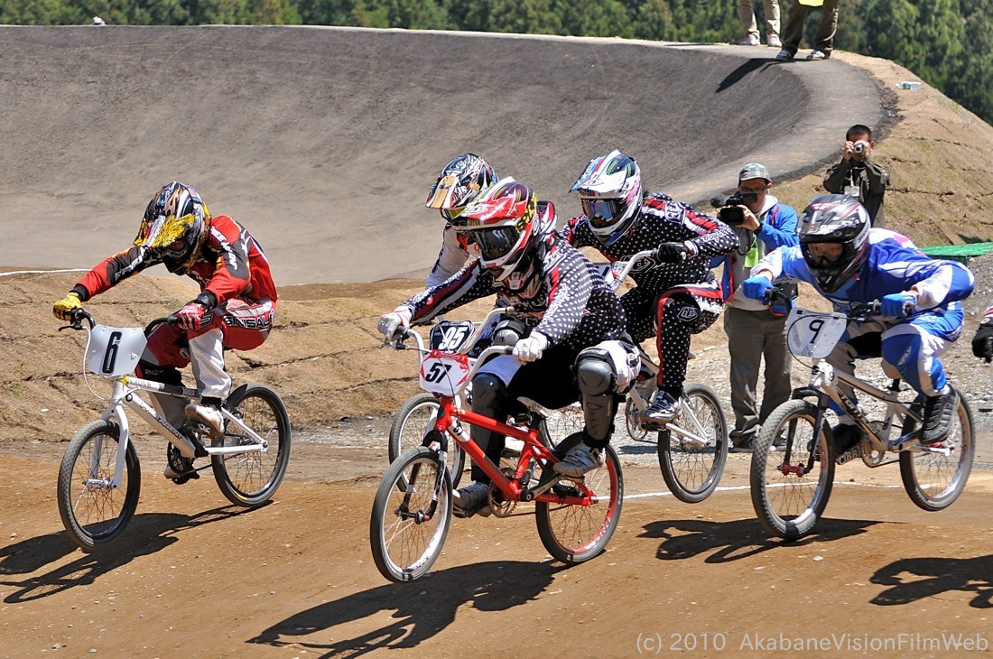 2010JBMXF全日本BMX選手権in秩父大会VOL11:全クラス予選その3_b0065730_1318055.jpg