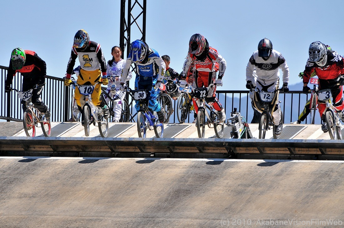 2010JBMXF全日本BMX選手権in秩父大会VOL11:全クラス予選その3_b0065730_1319573.jpg