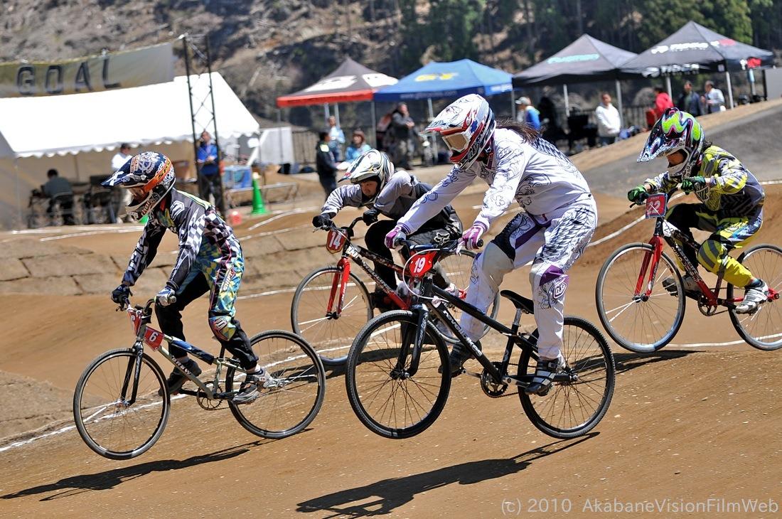 2010JBMXF全日本BMX選手権in秩父大会VOL11:全クラス予選その3_b0065730_1392320.jpg