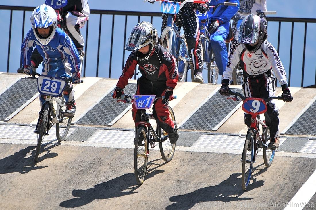 2010JBMXF全日本BMX選手権in秩父大会VOL11:全クラス予選その3_b0065730_1395096.jpg