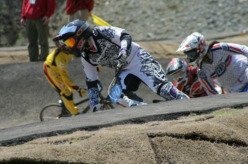 第26回 全日本BMX選手権大会 予選第3ヒート_b0136231_2205633.jpg