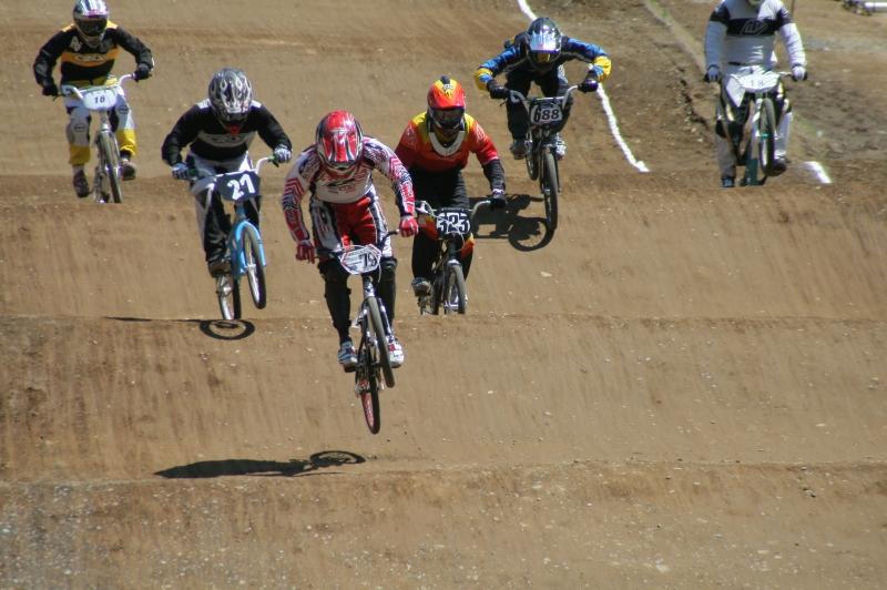 第26回 全日本BMX選手権大会 予選第3ヒート_b0136231_222162.jpg