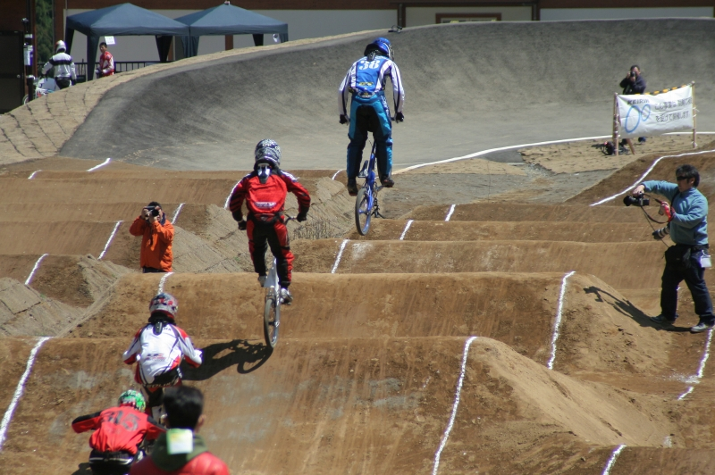 第26回 全日本BMX選手権大会 予選第3ヒート_b0136231_2223167.jpg