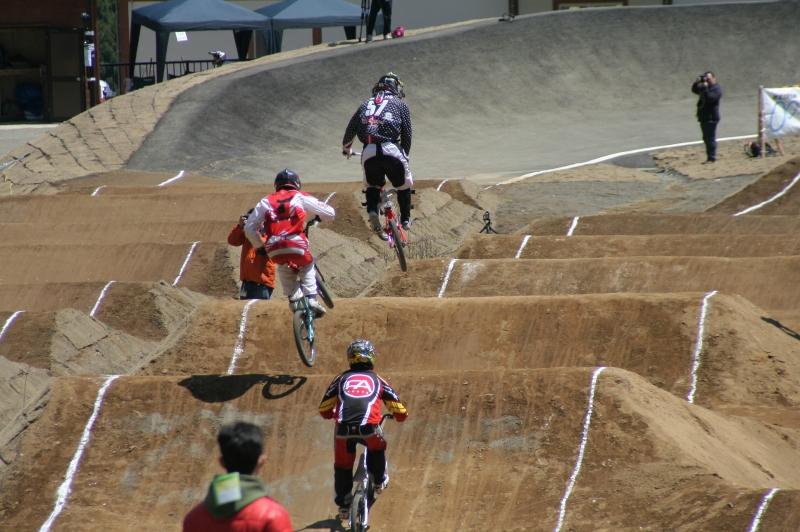 第26回 全日本BMX選手権大会 予選第3ヒート_b0136231_222687.jpg