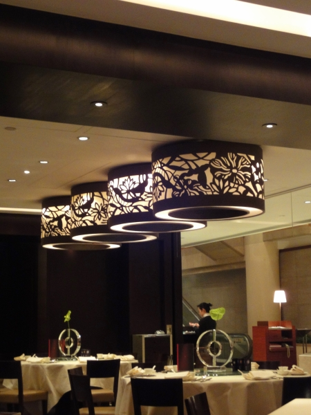 シノワズリーを求めて香港へ♪ ~ホテル・レストランのインテリア~_d0145934_1555859.jpg