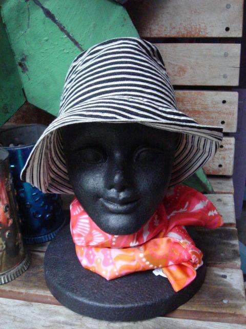 帽子です。_f0162638_13475569.jpg