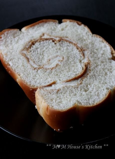 うず巻きパン ☆今日のお弁当♪_c0139375_1282364.jpg