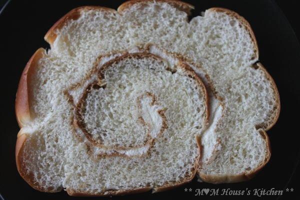 うず巻きパン ☆今日のお弁当♪_c0139375_1293428.jpg