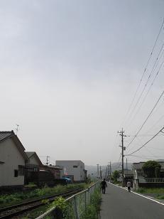 めまぐるしく変化した朝の天気。Nくんより祝酒_e0130185_13474372.jpg