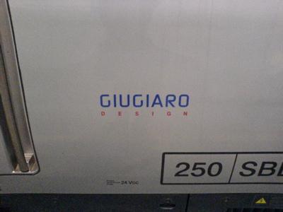 久々のイタリア国鉄_c0061896_1712644.jpg