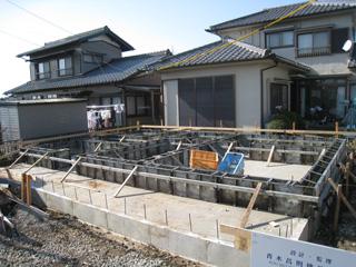 「舟津の家」基礎鋼製型枠_b0179213_193425.jpg