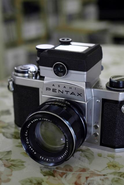 ペンタックスSシリーズの謎_d0138130_1964647.jpg