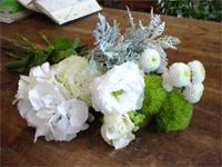 花修行 ~白いあじさいを使ったオールラウンド~_f0232060_1134244.jpg