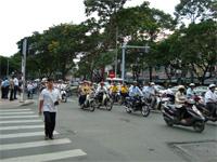 ベトナムへ行く。③  ~7年前と今のホーチミン~_f0232060_1212491.jpg